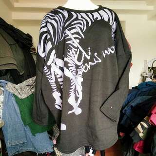 斑馬紋上衣短版
