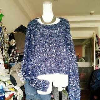 藍花色短版上衣
