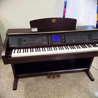 Yamaha Clavinova CVP-303