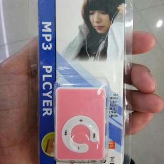 MP3 player (fresh from U.A.E)