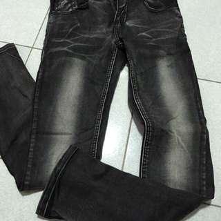 造型牛仔褲黑色牛仔褲窄版牛仔褲刷漆牛仔褲