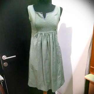 Dress Pleats Dusty Green