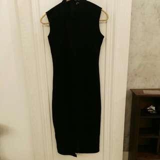 S黑色針織無袖裙尾開衩洋裝