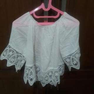 Baju Putih Brokat