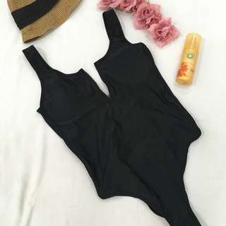 backless One Piece