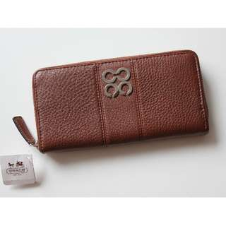 Coach NWT Brown Leather Acorn Zip Around Wallet