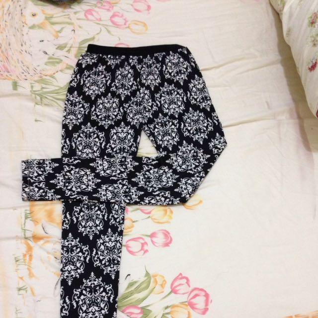 花紋內搭褲(可換物)