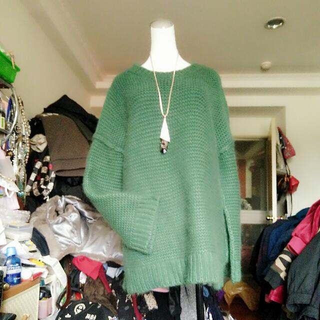 綠色長版毛衣不含項鍊