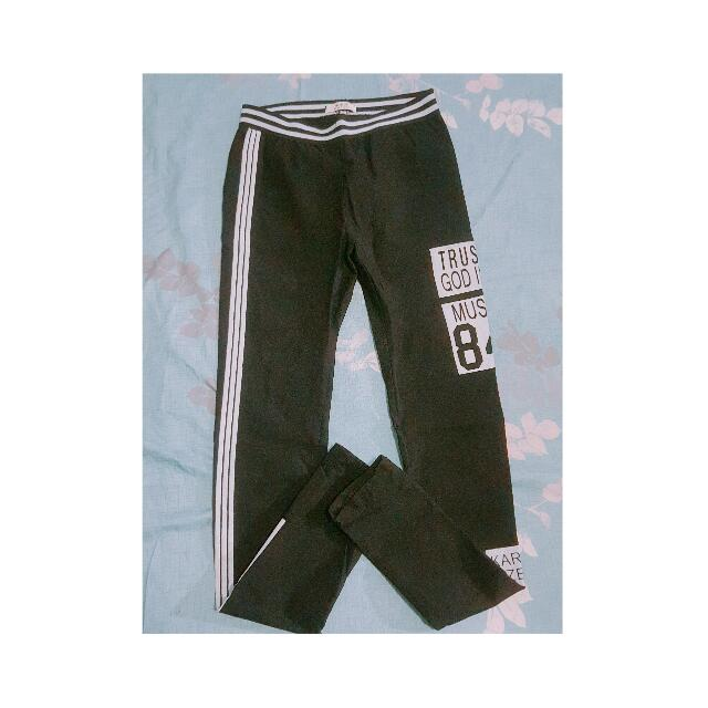 韓風黑色長褲(非運動褲材質)