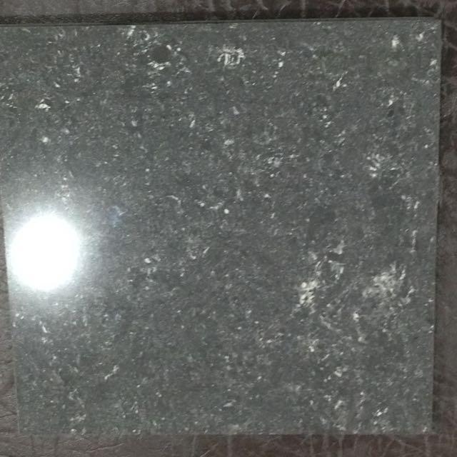 全黑全白特殊色奈米抗污拋光石英磚 商業空間 60*60cm