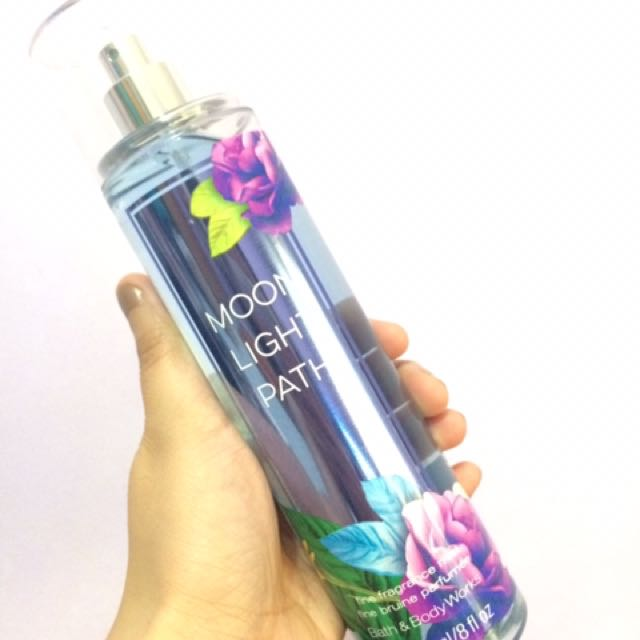 BATH & BODY WORKS FRAGRANCE MIST - MOON LIGHT PATH