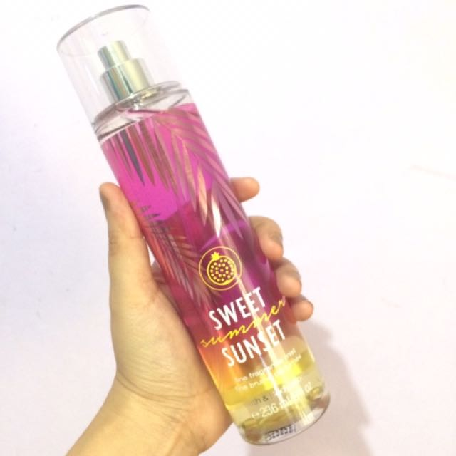 BATH & BODY WORKS FRAGRANCE MIST - SWEET SUMMER SUNSET