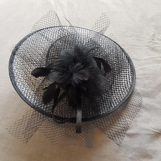 Black & White Hat/Fascinator