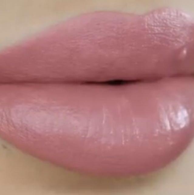 CHARM - Kylie cosmetics velvet lipkit (free shipping)