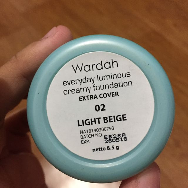 CREAMY FOUNDATION WARDAH