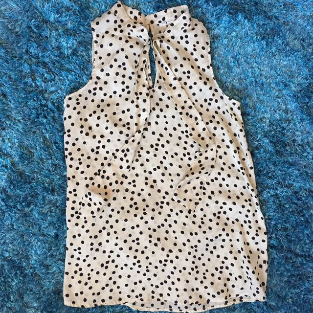 Forever 21 Cream Top - S