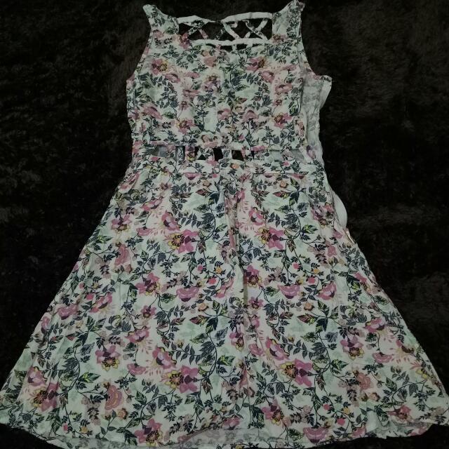 H&M Flirty Summer Dress