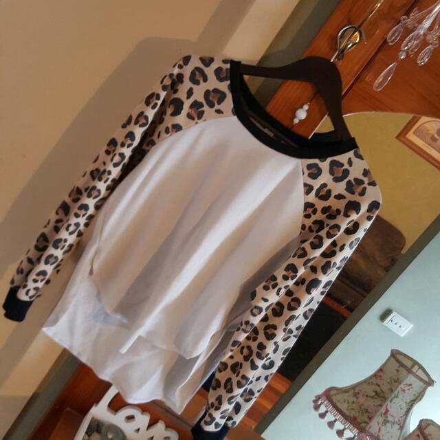 Leopard Print Jumper Size 12-14