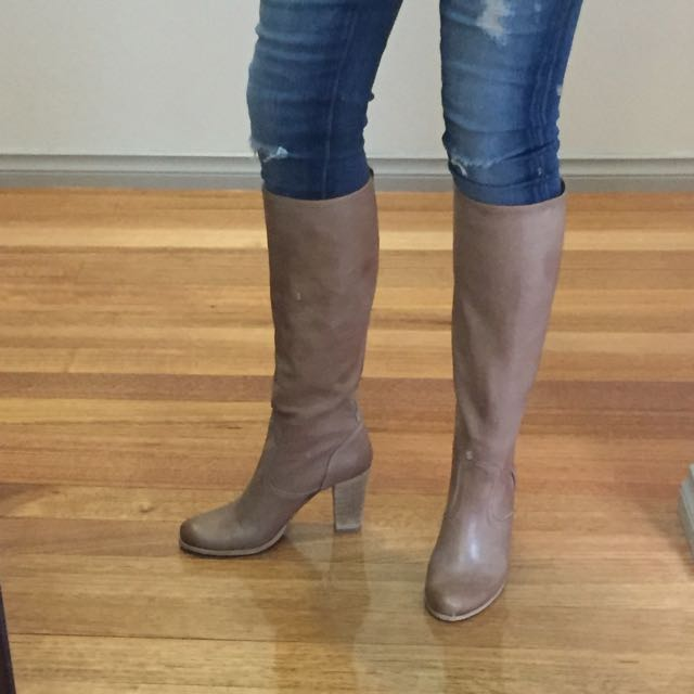 Midas Skoda Leather Boot In Brown Taupe - Size 39