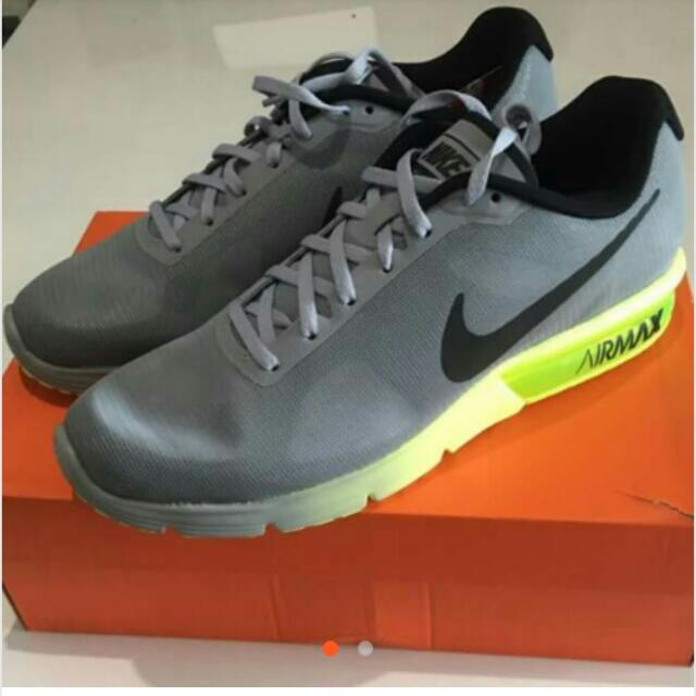 NIKE AIR MAX SEQUENT Brand New With Discount