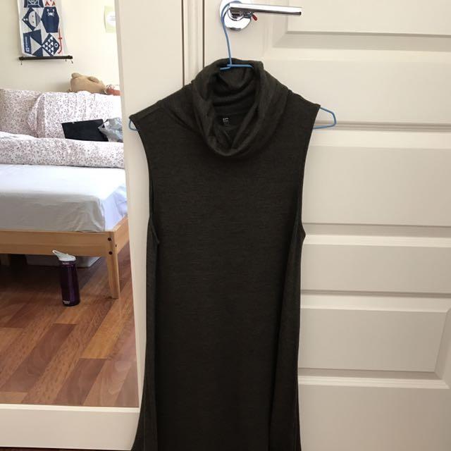 Roll Neck Sleeveless Dress