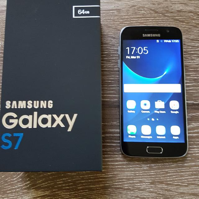 Samsung S7 Excellent Condition 64GB + 128GB Memory Card