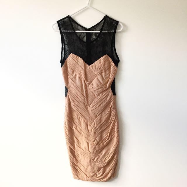 Sz 8 Shakuhachi Blush Panel Lace Dress