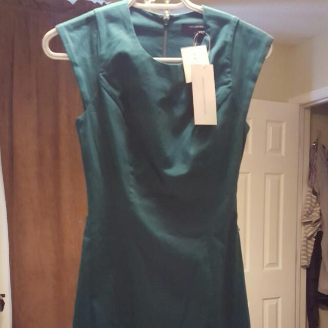Size 0 French Connection Green Dress