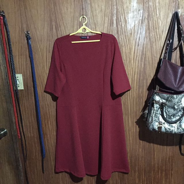 SM WOMAN PLUS Maroon Dress