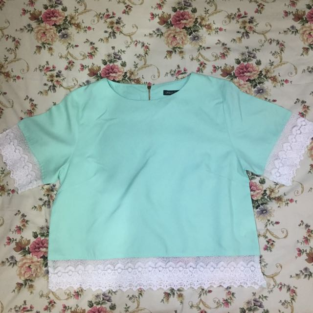 Tosca Shirt from Urban Twist