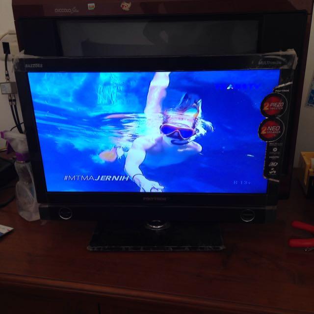 """TV LED Polytron Bazzoke 20"""" / Tv Murah Mulus"""