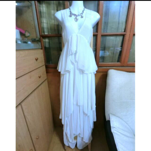 深V米白色 不規則洋裝裙