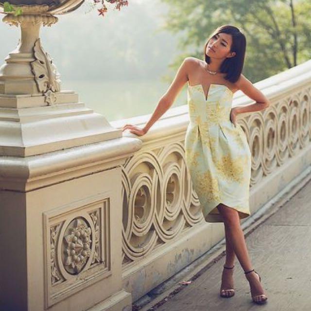 Size XS/0 Zimmermann Strapless Aqua & Gold Dress