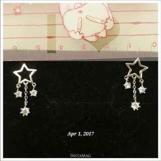 韓國飾物 星形耳環,3粒活動水晶設計,可愛閃爍。