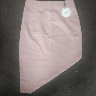 Atmos & Here. Dusty Pink, Assymertric Skirt. Size 10. Brand New