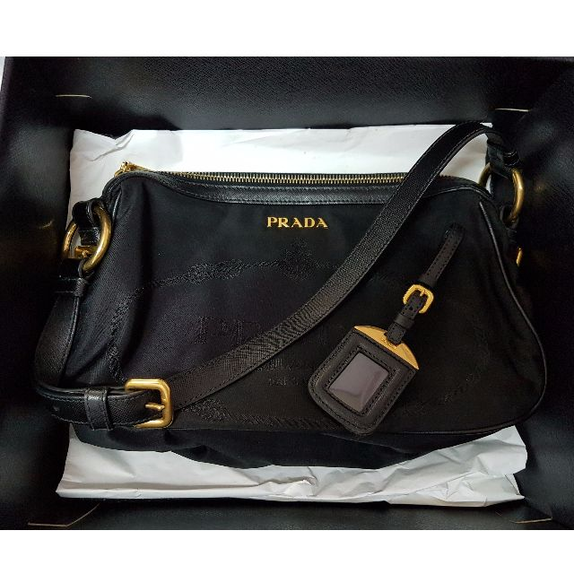 100% Authentic PRADA Shoulder Bag with original Bag Tag (hardly used ... 90d67664f9694