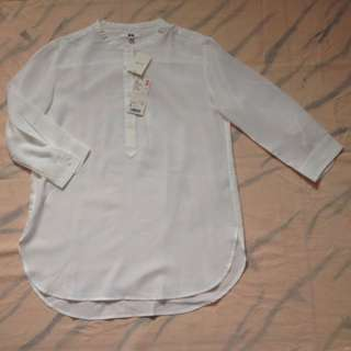 Uniqlo Rayon 3/4 Sleeve Blouse