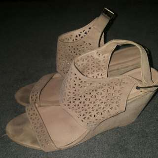 Tan Wedges Size 40
