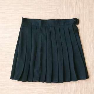 黑色制服裙