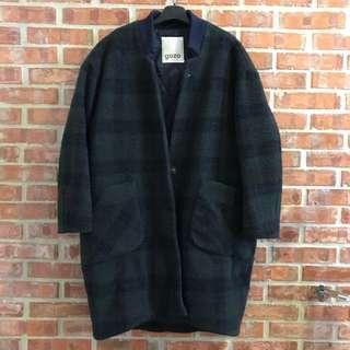 🚚 Gozo綠色格紋繭型57%羊毛大衣外套