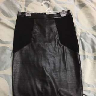 Topshop Faux Leather/Fabric Skirt Size 2