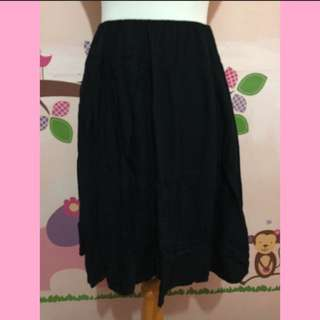 Woman Outlook Rempel Skirt ⬇️⬇️