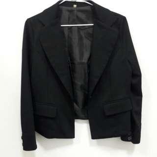 黑色小外套