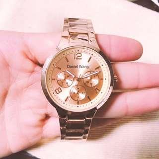 玫瑰金手錶