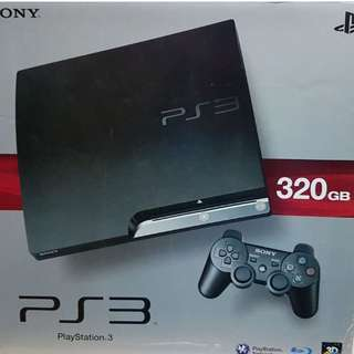 PS3 Slim 320 GB with 2 controllers and 30 Games