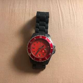 Beams 膠手錶