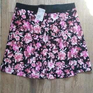 H&M Floral Pink Skirt