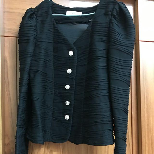 98🆕✨ 黑色外搭外套👍