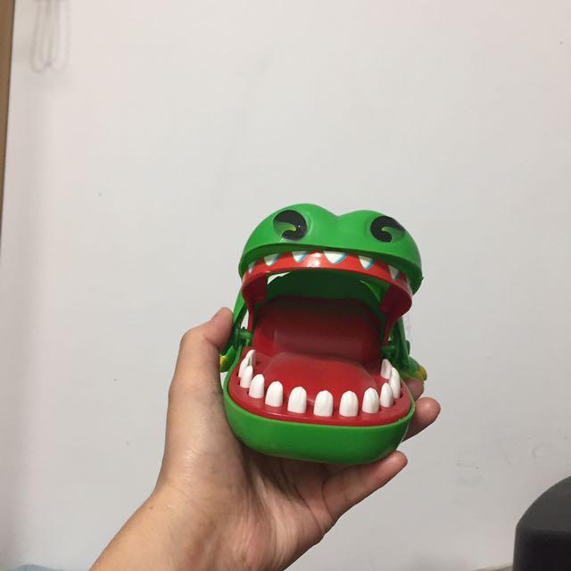 小鱷魚 桌遊