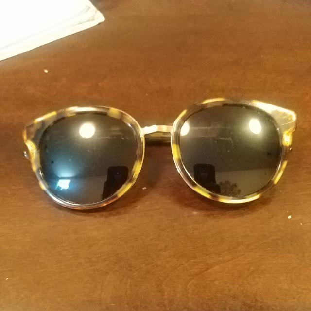 Authentic Tory Burch Polarized Glasses